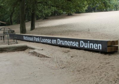 Entreebalken Natuurmonumenten Loonse en Drunense duinen